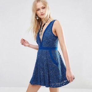 Free People Lovely In Lace dress - size XS